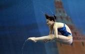 图文:跳水系列赛莫斯科站 吴敏霞在比赛中