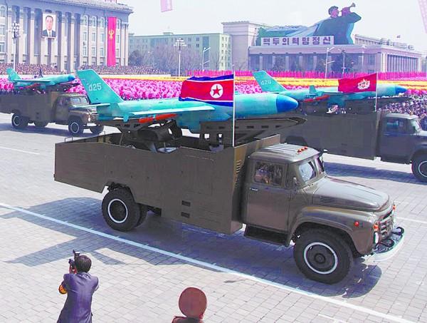 朝鲜导弹中国卡车-朝鲜导弹技术来之中国_朝鲜导弹掉落日本 ...