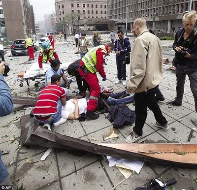 挪威77人命案开审 疑犯称自卫杀人