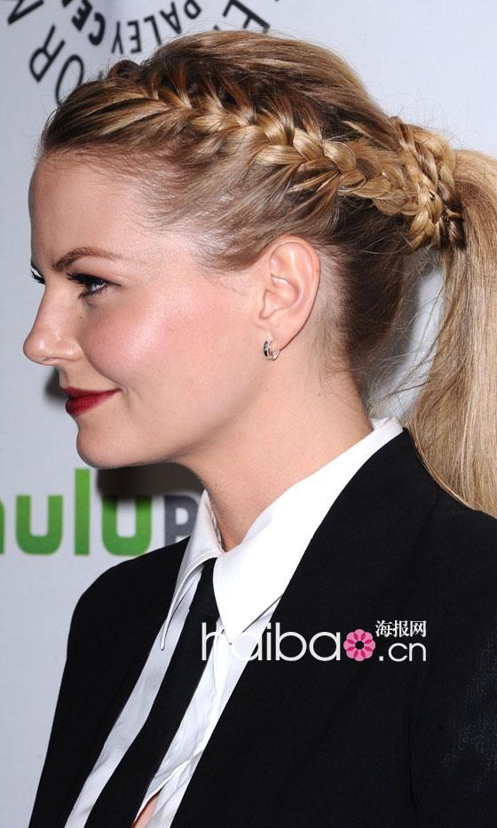 欧美女明星的夏季麻花辫发型,哪款你也爱?(组图)图片
