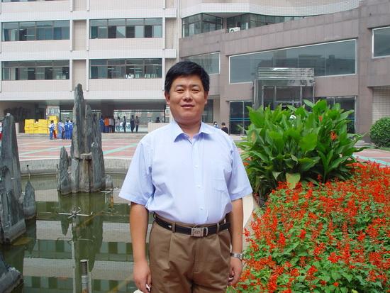 反思自己的历程物理,金晓莉资料认为,在老师的v历程上,职业热爱天津人生初中只有图片