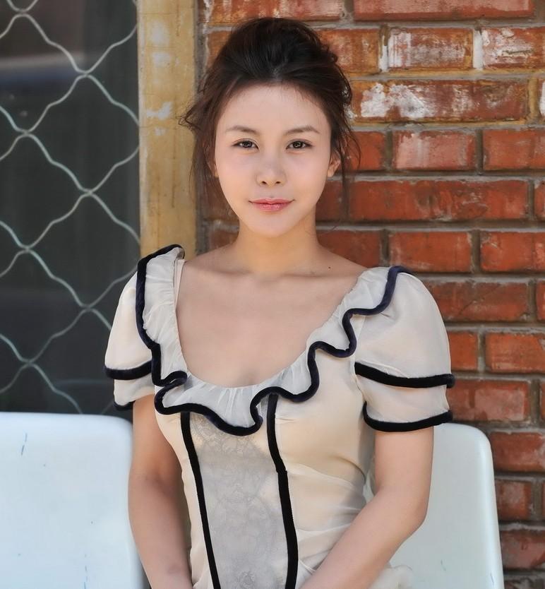杨幂最想删掉的照片 女明星排行榜 撕开杨幂的全部内衣