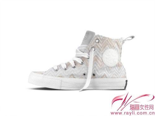 匡威女鞋白色