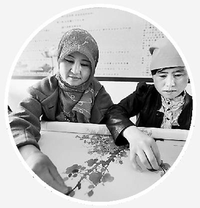 绣娘 经济带动回族妇女创业致富