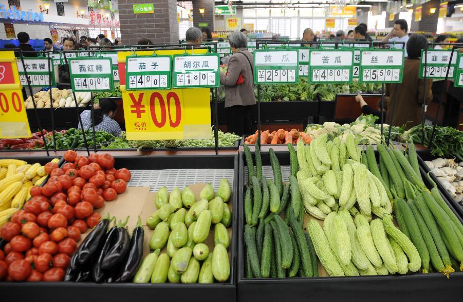 """成都/新华社照片,成都,2012年4月21日成都""""生鲜农贸超市""""实现..."""