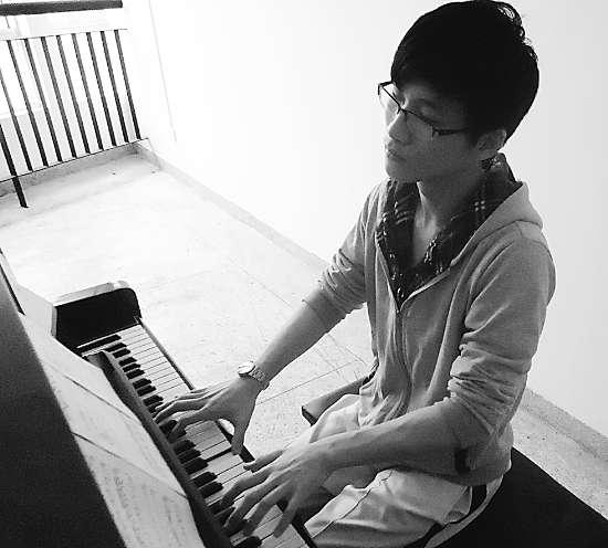 自学钢琴 一鸣惊人考过业余10级(图)图片