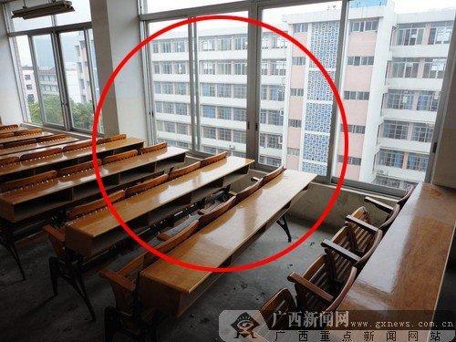 广西教室偷欢遭围观 有必要适度查处高校