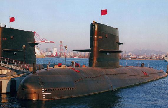 中国海军两艘新型宋级潜艇舷号分别为316和327。