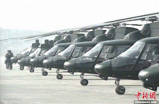 """""""直九""""型舰载反潜直升机。"""