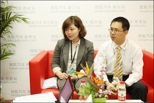 韩泰中国技术研发中心高级研究员梁斌、上海销售有限公司科长黄清燕接受搜狐汽车专访