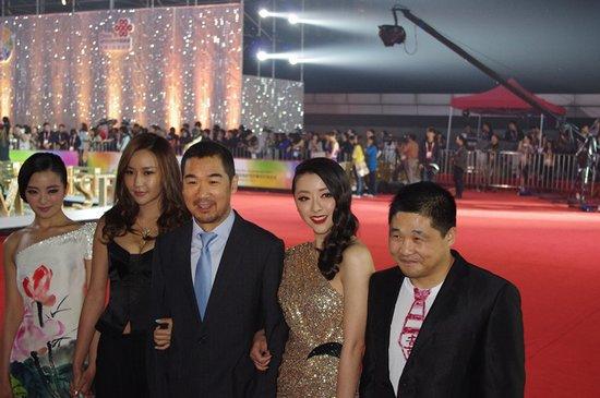 张国立黄小蕾在北京电影节现场