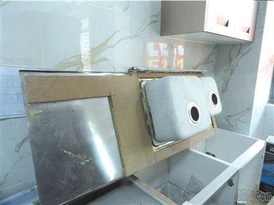 方太不锈钢橱柜惹争议 夹心结构为通行做法(图)