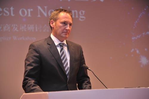 戴姆勒集团全球采购负责人Dr. Klaus Zehender先生