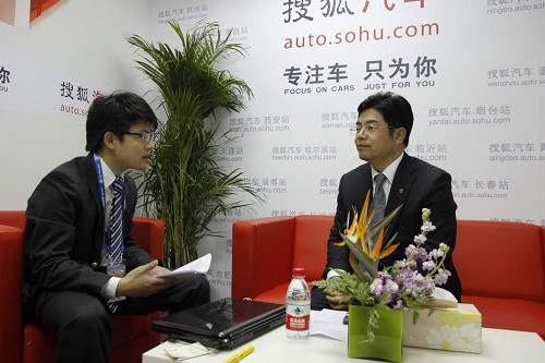 庞大汽贸集团股份有限公司执行董事、副总经理李金勇