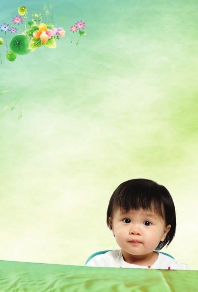 他那可笑的样子连不更事的宝宝也忍不住停下来哭看他图片