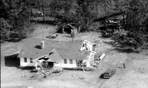 """美空军曾两次""""误投""""核弹在美国本土 砸坏房屋"""