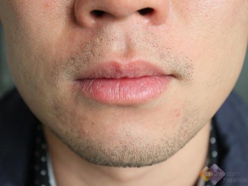 剃须前的胡须情况