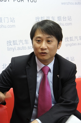 上海汽车商用车有限公司品牌及市场部总监助理巴颍峰