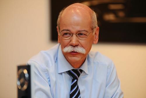 戴姆勒股份公司董事长兼首席执行官、梅赛德斯-奔驰汽车集团总裁蔡澈博士(Dr. Dieter Zetsche)