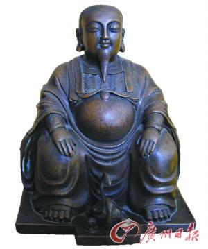有人 始祖 不利/明真武大帝铜像。