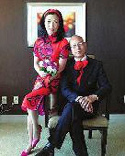 &nb   sp; 4月28日,汪明荃发微博纪念结婚三周年.