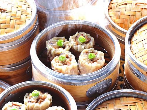 北京/都一处烧麦馆始建于清乾隆三年(公元1738年),是中国商务部...