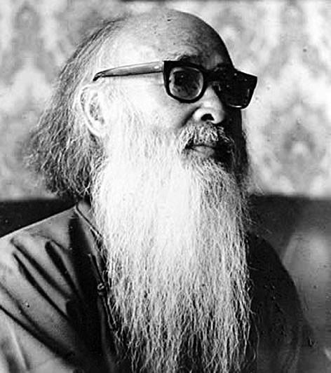 张大千/张大千是著名国画大师,1899年5月10日出生,四川内江人。