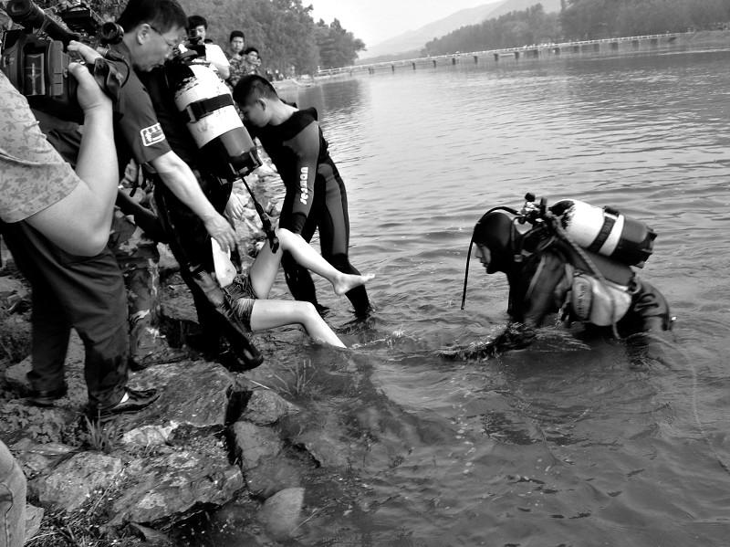 汾河滩游玩18岁女孩溺水身亡图 搜狐滚动
