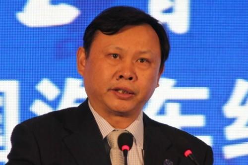 中国汽车流通协会会长何黎明