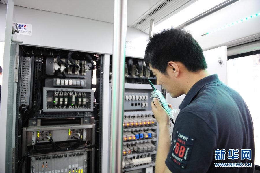 北京地铁六号线 车辆紧张测试中