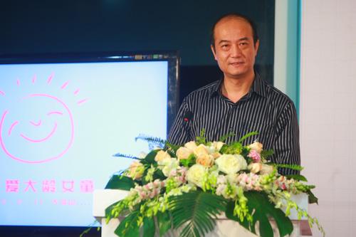 北京市互联网宣传管理办公室副主任、北京网络媒体协会常务理事 胡春铮