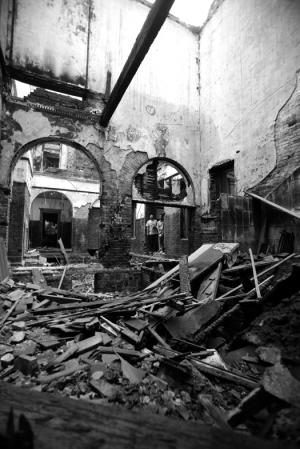 济南/建筑被焚后内部场景