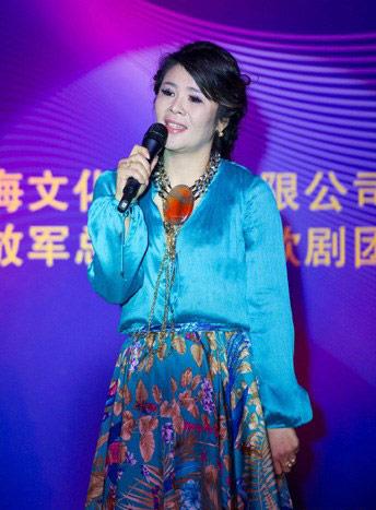 5月12日,解放军总政治部歌剧团著名歌唱家李飞个人新专辑暨个人演唱会新闻发布会在北京钓鱼台国宾馆举行,来自于音乐界,娱乐界及北京80余家主流媒体的近300位嘉宾莅临会场。
