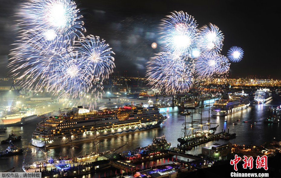 汉堡/2012年5月13日,韩国首尔,为迎接即将到来的佛诞节,在Jogye...