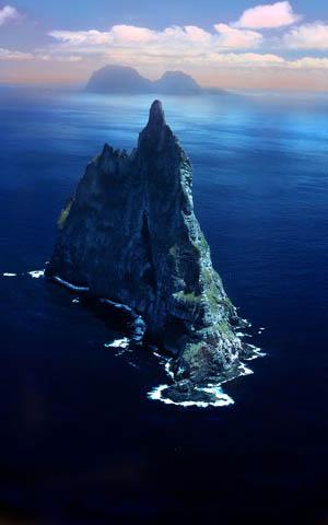 (Ball Pyramid)柏尔金字塔岛