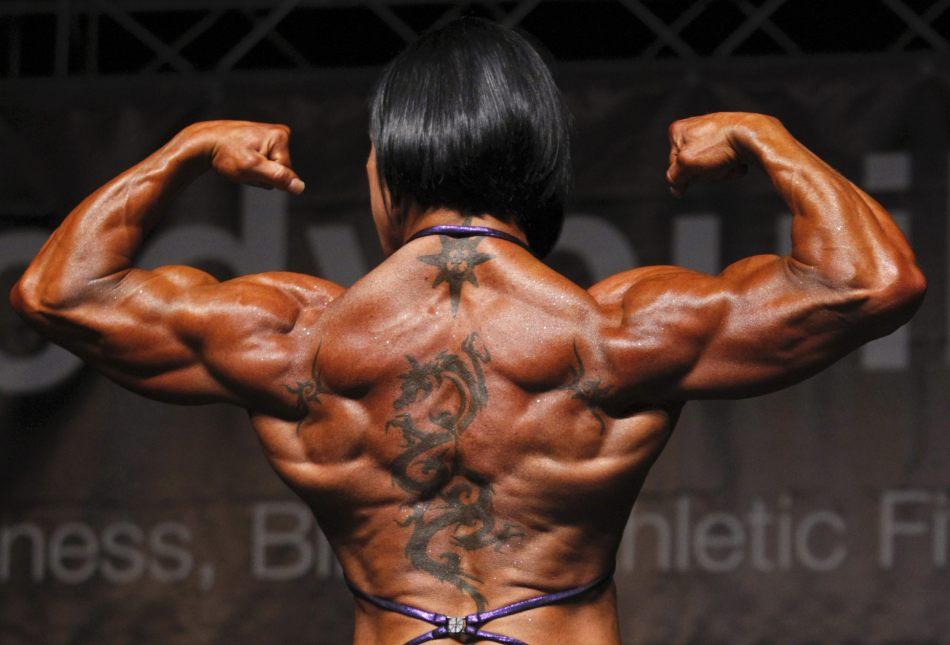 健美肌肉女写真_高清组图:欧洲健美锦标赛\
