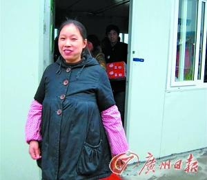 200地震丧子母亲的心灵重建路