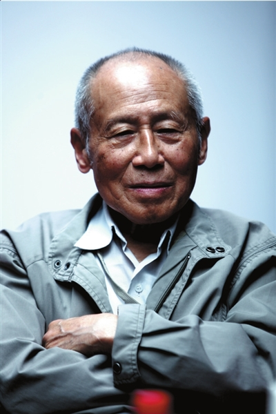 梁漱溟之子忆父亲 为跟大众在一起研究儒学