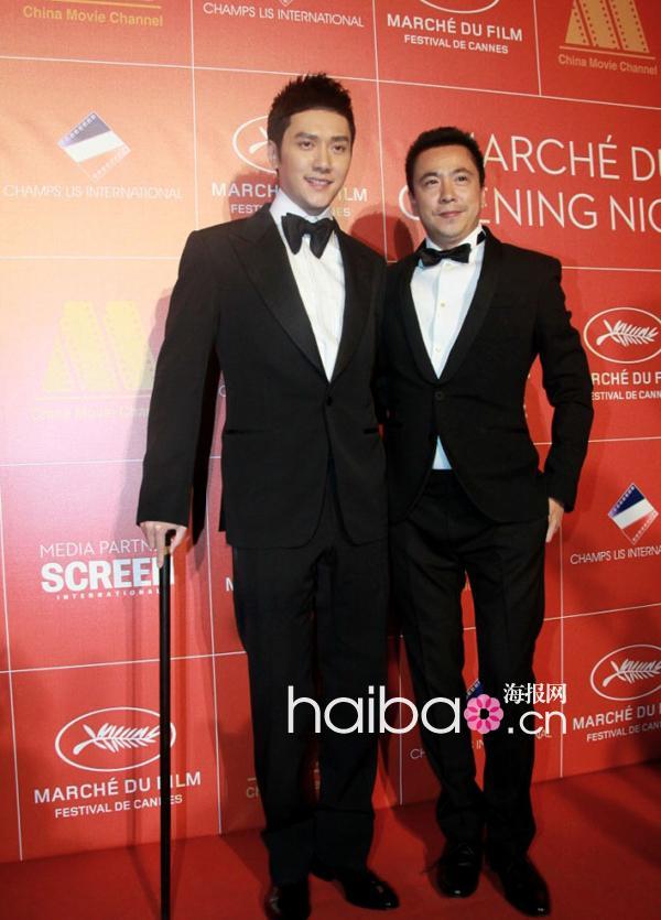 冯绍峰拿庸才豪气现身2012手杖65届戛纳电影节!年第电影在线图片