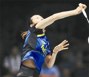 中国选手王仪涵在比赛中。新华社记者程敏摄