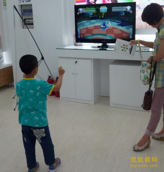 绿动位于世纪金源的体验店吸引了不少儿童玩家