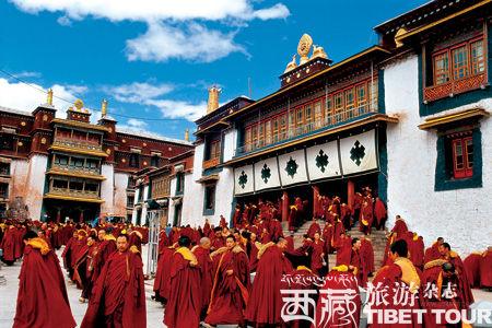 藏东第一禅林 强巴林寺