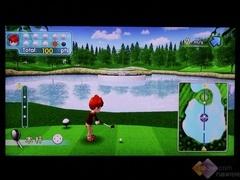 玩体感游戏 高尔夫球