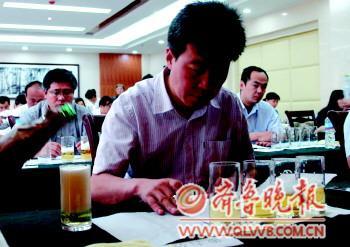 月23日,40多位山东省啤酒感官鉴(图)