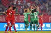 图文:[中超]绿城2-0胜建业 法布里西奥庆祝