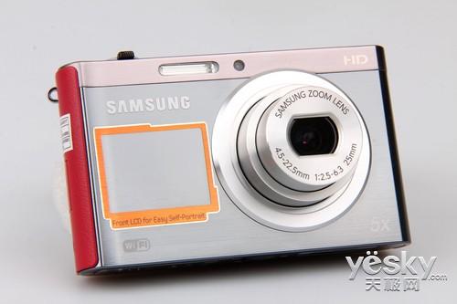 三星DV300F的等效焦距为25-125mm,最大光圈范围是F2.5-F6.3。