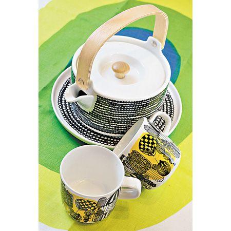 Vein 引入的Marimekko 茶具系列,全套用了品牌最新的图案设计,另外还有碗以及果盘等选择。 ($210 - $850)