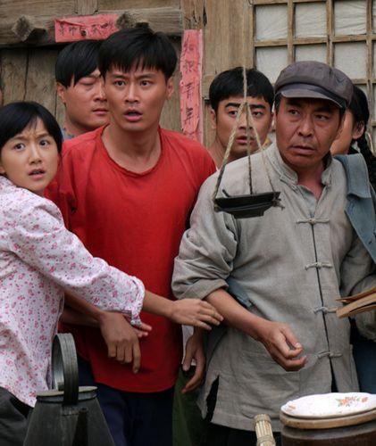 内地电视    由实力派演员程皓枫领衔主演的45集大型电视连续剧《知青图片
