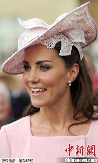 2012年5月29日,英国伦敦,英国王室成员出席白金汉宫花园派对
