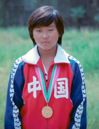周继红获得女子10米跳台金牌